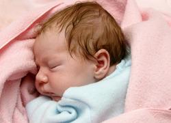 Normal_bebe_baby_geboorte_slapen_wiki_c-_